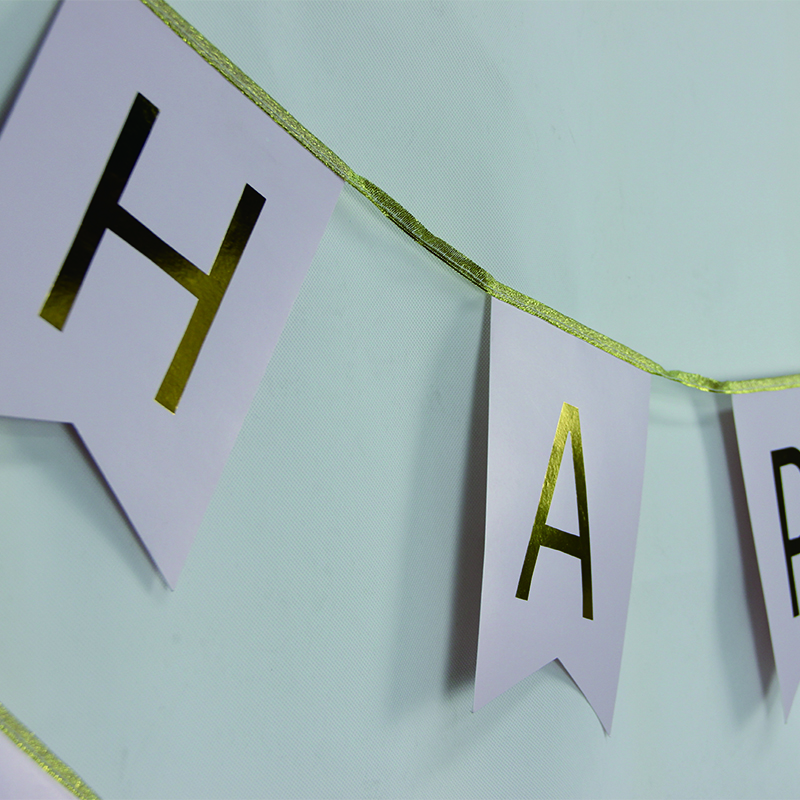 2-piece HAPPY BIRTHDAY Party Banner in Pink